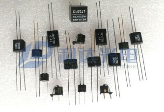 亿博app下载安装耦合器系列  Optocouplers Series